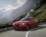 2018 Alfa Romeo Stelvio Front Three-Quarter Wallpapers 150x120 (4)