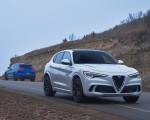2018 Alfa Romeo Stelvio Quadrifoglio (Color: Trofeo White) Front Three-Quarter Wallpapers 150x120 (23)