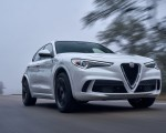 2018 Alfa Romeo Stelvio Quadrifoglio (Color: Trofeo White) Front Wallpapers 150x120 (25)