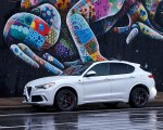 2018 Alfa Romeo Stelvio Quadrifoglio (Color: Trofeo White) Side Wallpapers 150x120 (13)
