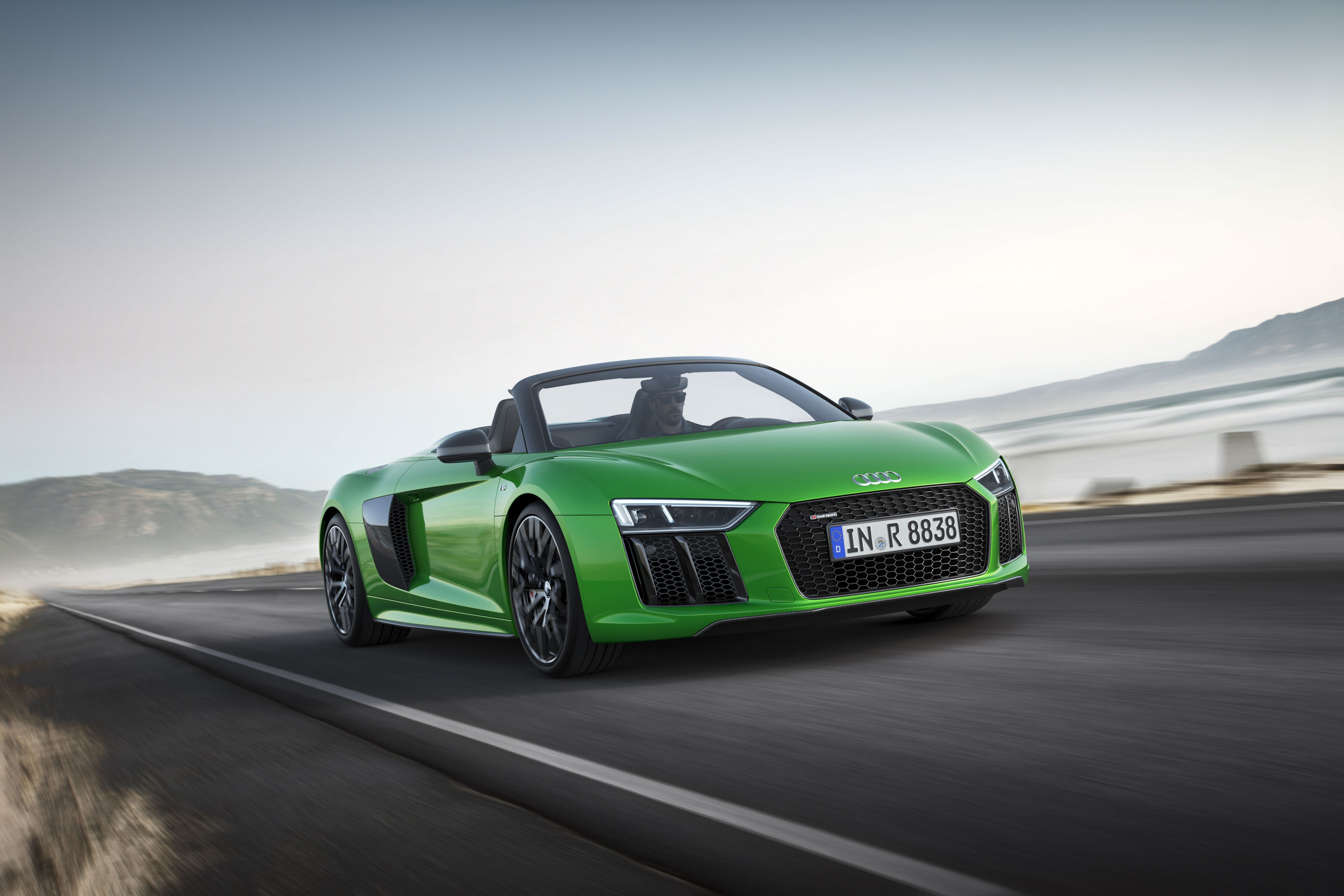 2018 Audi R8 Spyder V10 plus (Color: Micrommata Green) Front Three-Quarter Wallpapers (1)