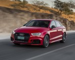 2018 Audi RS3 Sedan (Color: Misano Red) Front Three-Quarter Wallpapers 150x120 (42)