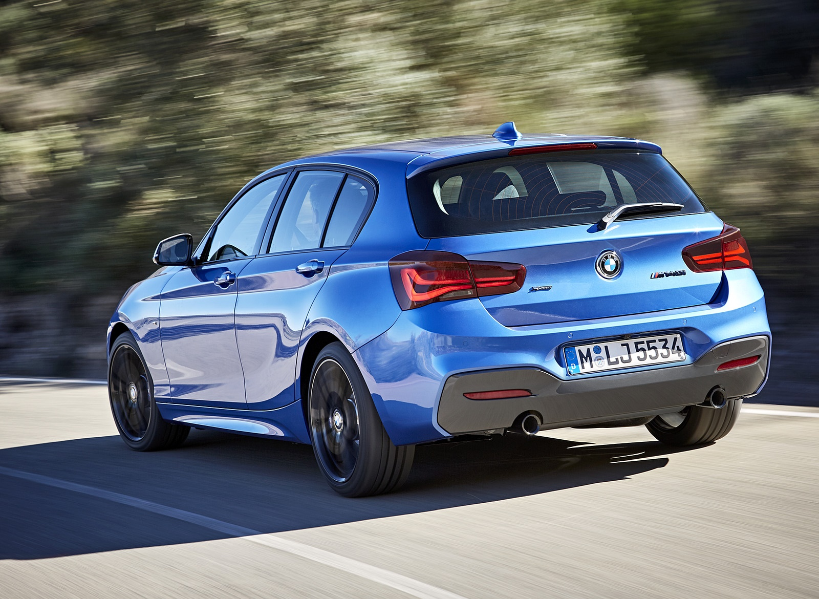 2018 BMW M140i xDrive Rear Three-Quarter Wallpapers (11)