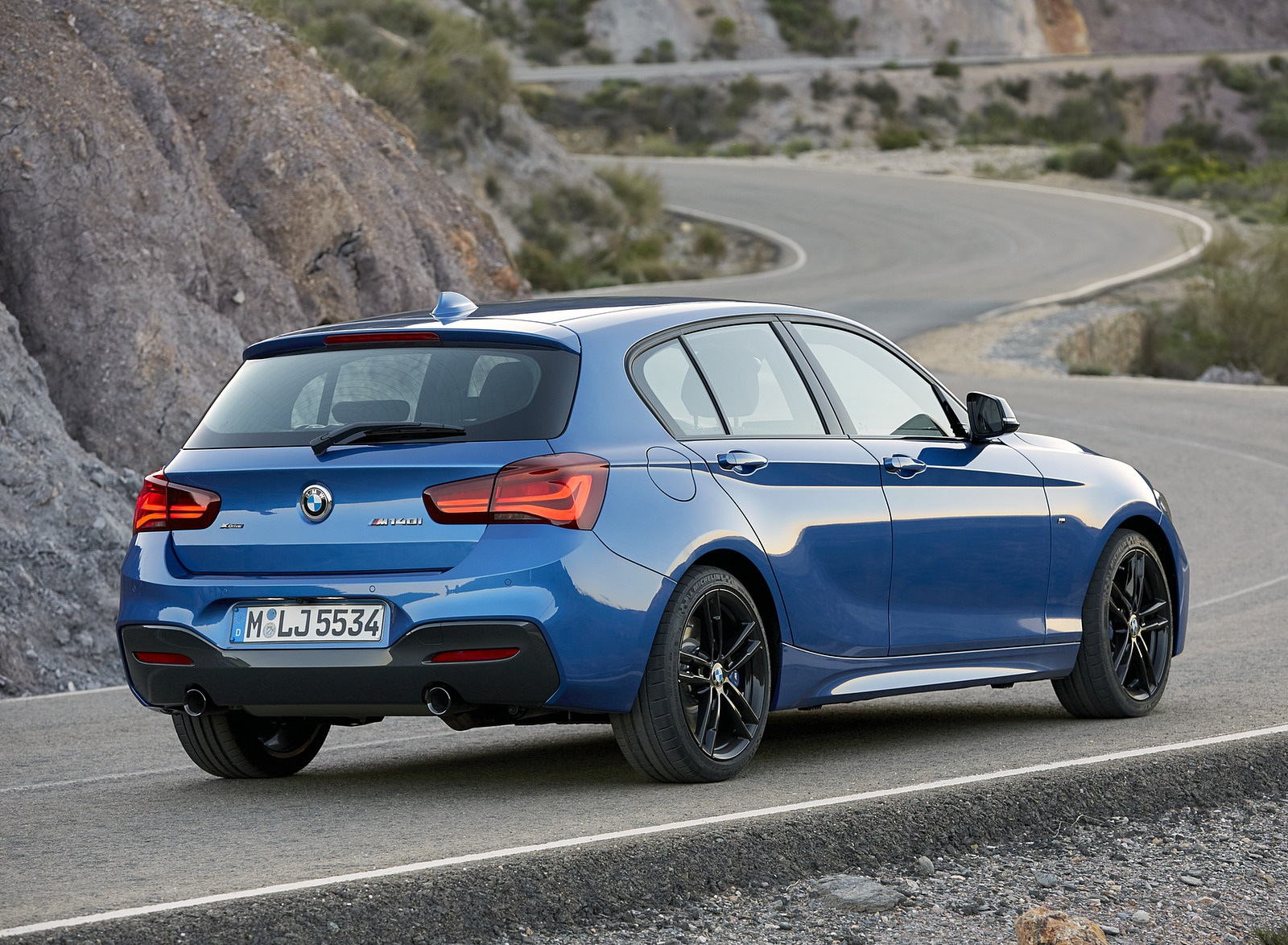 2018 BMW M140i xDrive Rear Three-Quarter Wallpapers (10)