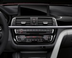 2018 BMW M4 Coupe Central Console Wallpapers 150x120 (16)