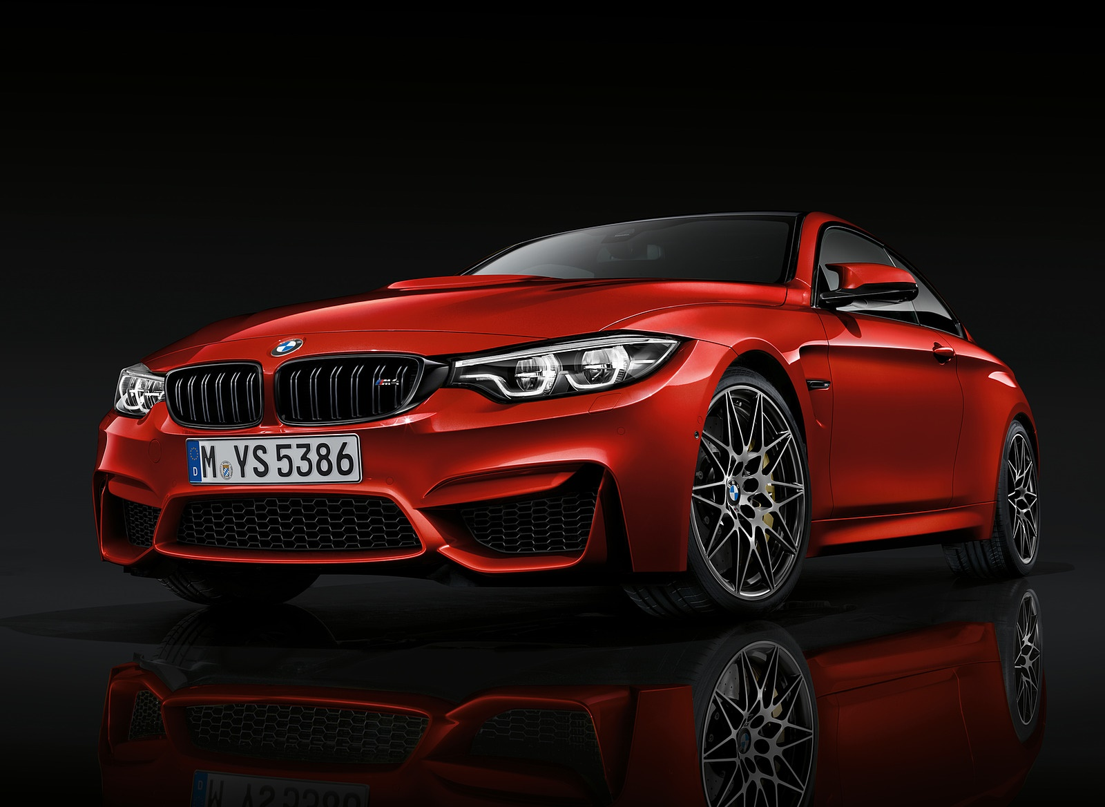 2018 BMW M4 Coupe Front Three-Quarter Wallpapers (3)