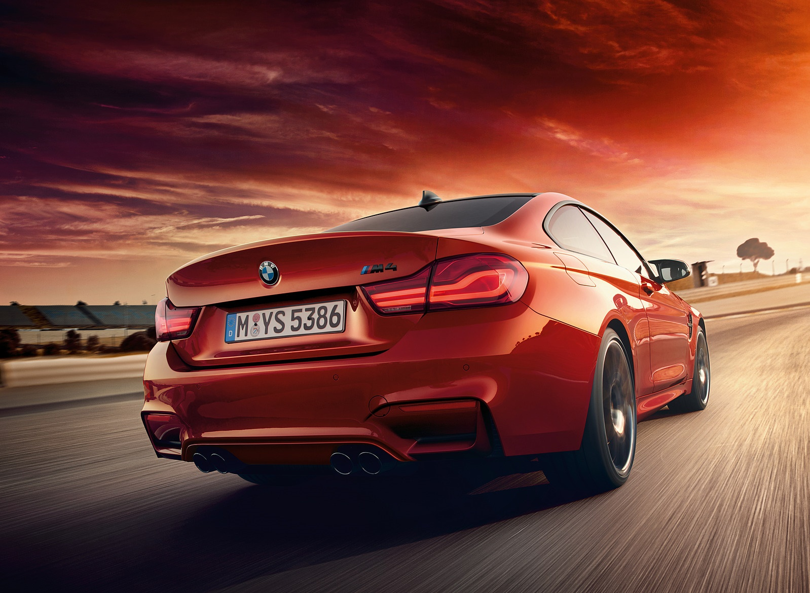2018 BMW M4 Coupe Rear Wallpapers (2)