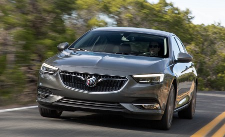 2018 Buick Regal Sportback Wallpapers HD