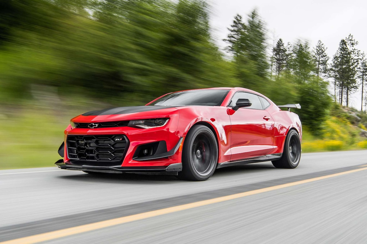 2018 Chevrolet Camaro ZL1 1LE Front Three-Quarter Wallpapers (4)