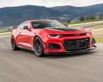 2018 Chevrolet Camaro ZL1 1LE Front Three-Quarter Wallpapers 150x120 (3)