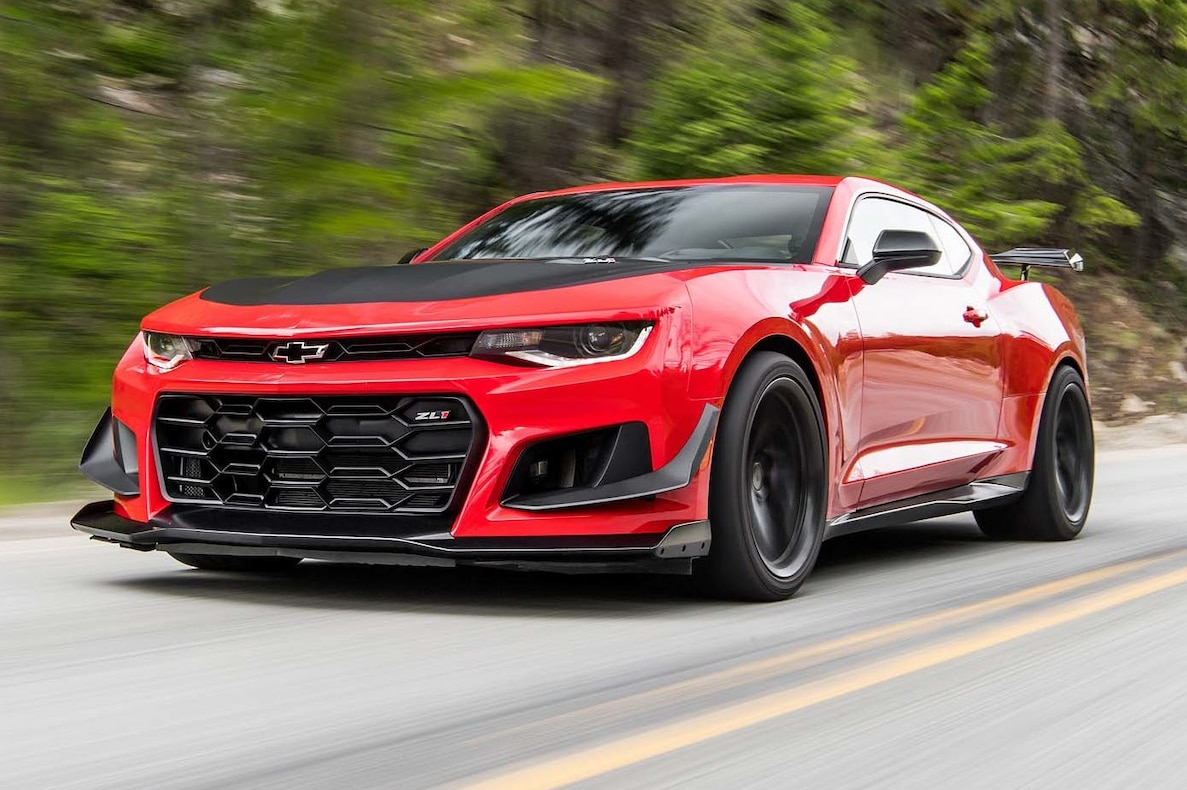 2018 Chevrolet Camaro ZL1 1LE Front Three-Quarter Wallpapers (5)