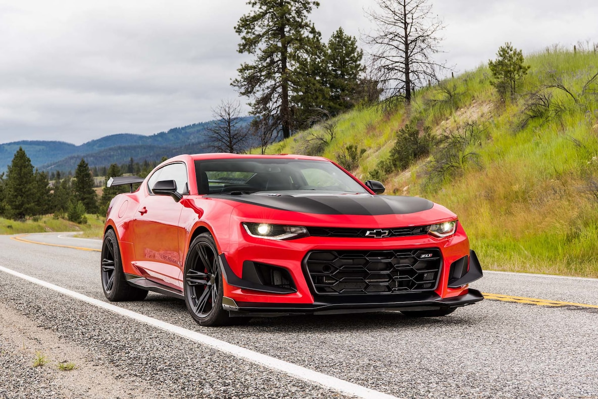 2018 Chevrolet Camaro ZL1 1LE Front Three-Quarter Wallpapers (7)