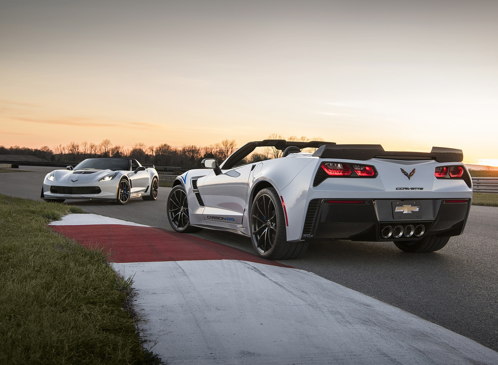 2018 Chevrolet Corvette Carbon 65 Edition Coupe and Convertible Wallpapers (4)