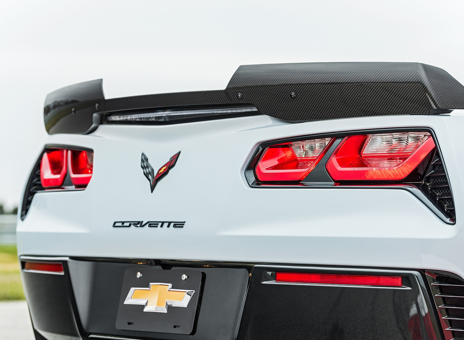 2018 Chevrolet Corvette Carbon 65 Edition Tail Light Wallpapers (6)