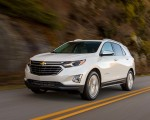 2018 Chevrolet Equinox Front Three-Quarter Wallpapers 150x120 (21)