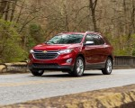 2018 Chevrolet Equinox Front Three-Quarter Wallpapers 150x120 (5)