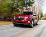 2018 Chevrolet Equinox Front Three-Quarter Wallpapers 150x120 (3)