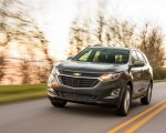2018 Chevrolet Equinox Front Three-Quarter Wallpapers 150x120 (35)