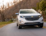2018 Chevrolet Equinox Front Wallpaper 150x120 (23)
