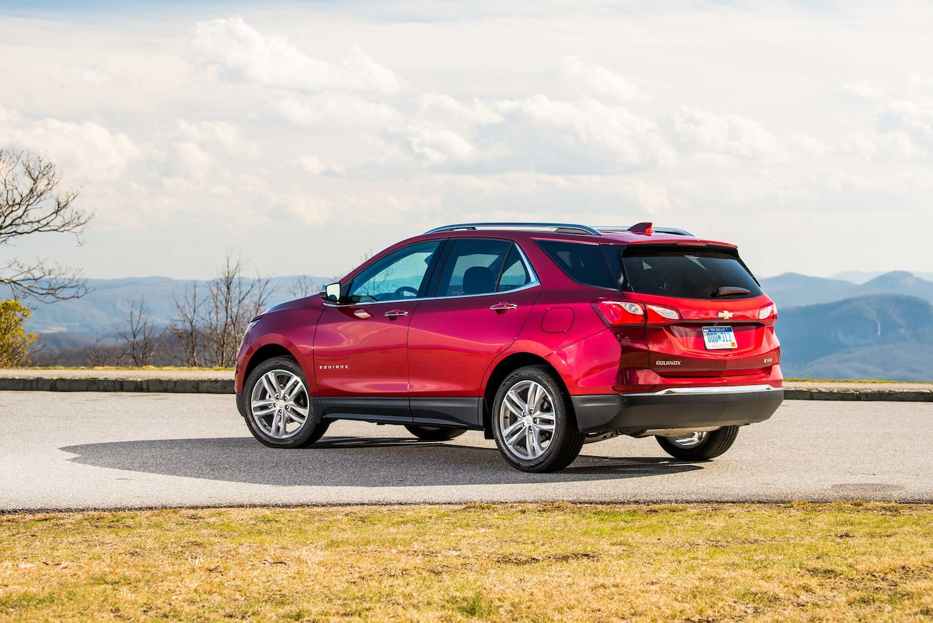 2018 Chevrolet Equinox Rear Three-Quarter Wallpaper (8)