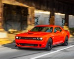 2018 Dodge Challenger SRT Hellcat Widebody (Color: Go Mango) Front Three-Quarter Wallpapers 150x120 (42)