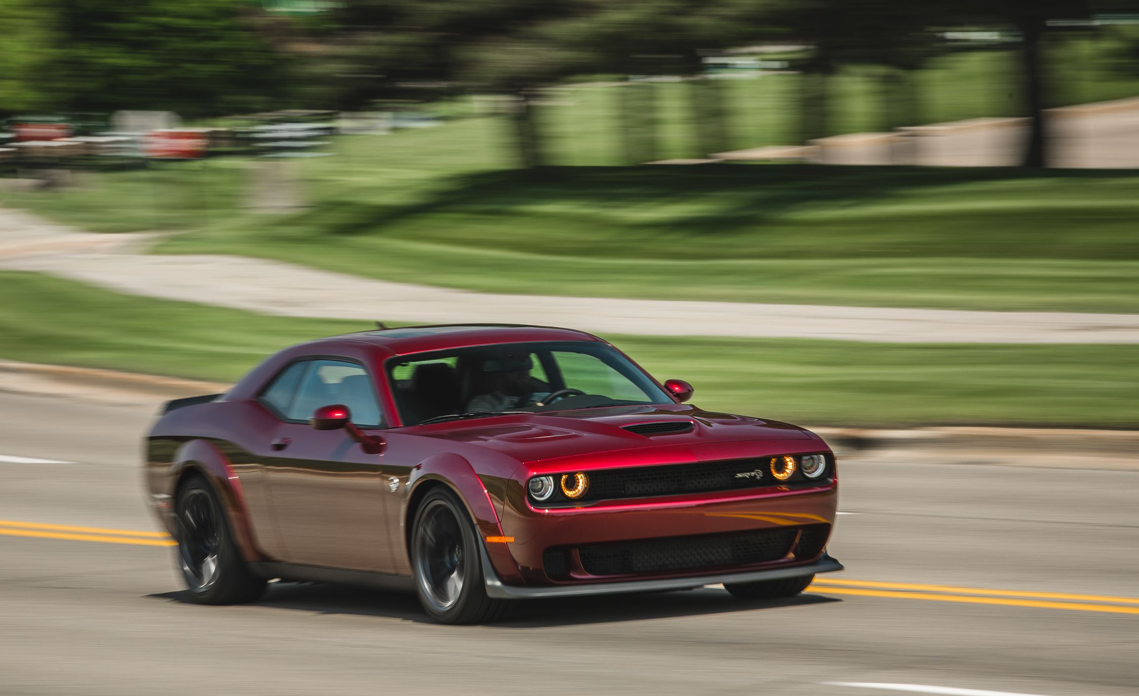 2018 Dodge Challenger SRT Hellcat Widebody (Color: Octane Red) Front Three-Quarter Wallpapers (2)