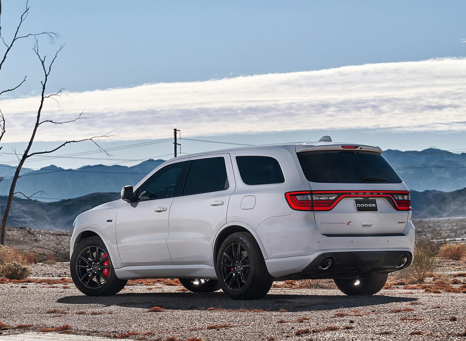2018 Dodge Durango SRT Rear Three-Quarter Wallpapers (8)