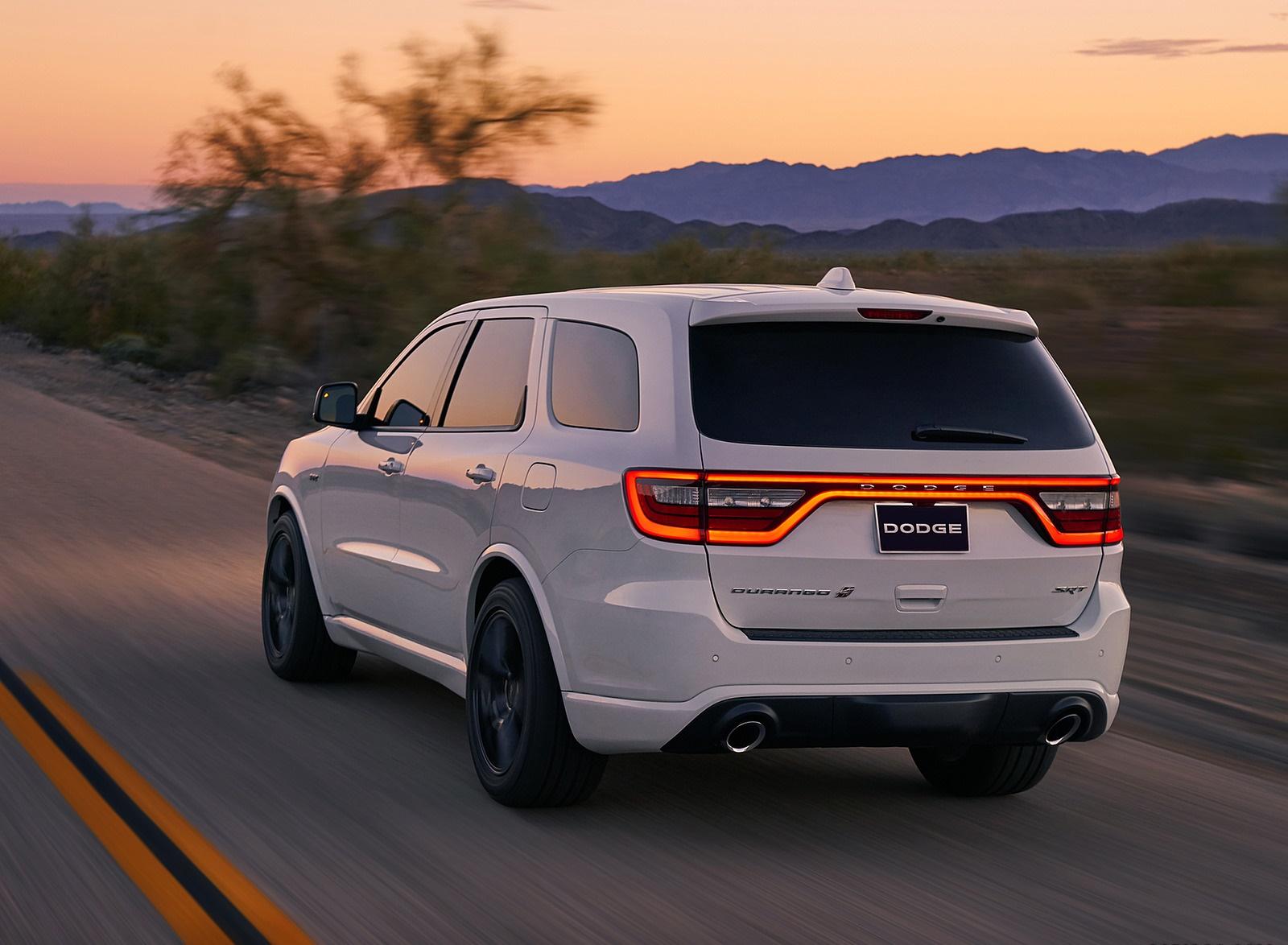 2018 Dodge Durango SRT Rear Three-Quarter Wallpapers (7)