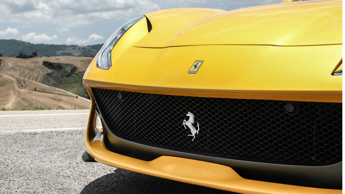 2018 Ferrari 812 Superfast Grill Wallpaper (13)