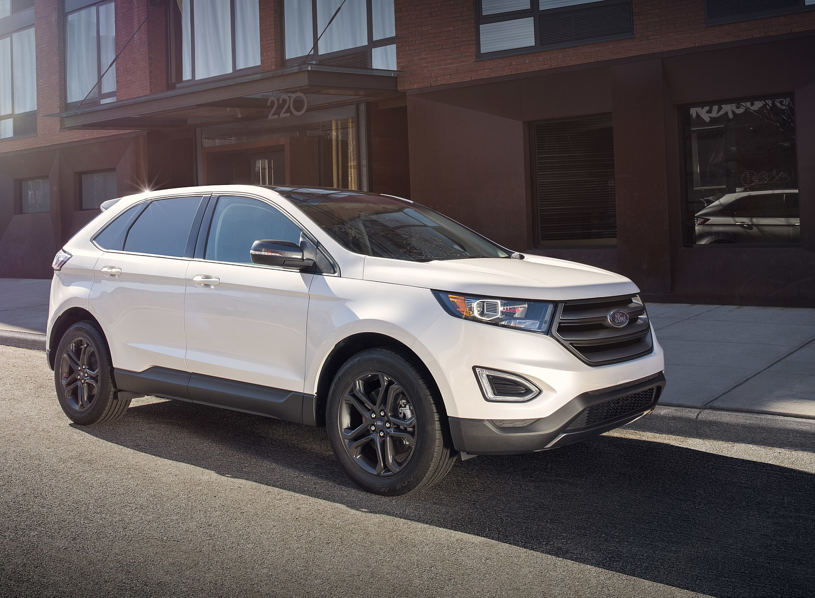 2018 Ford Edge SEL Sport Appearance Package Front Three-Quarter Wallpapers (4)