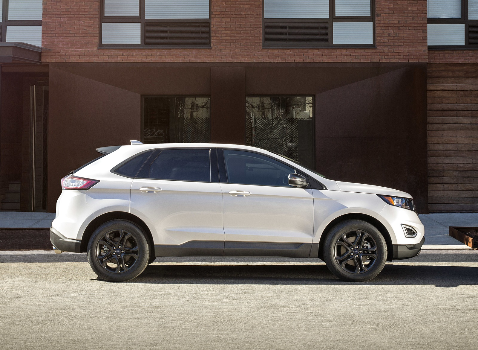 2018 Ford Edge SEL Sport Appearance Package Side Wallpapers (6)