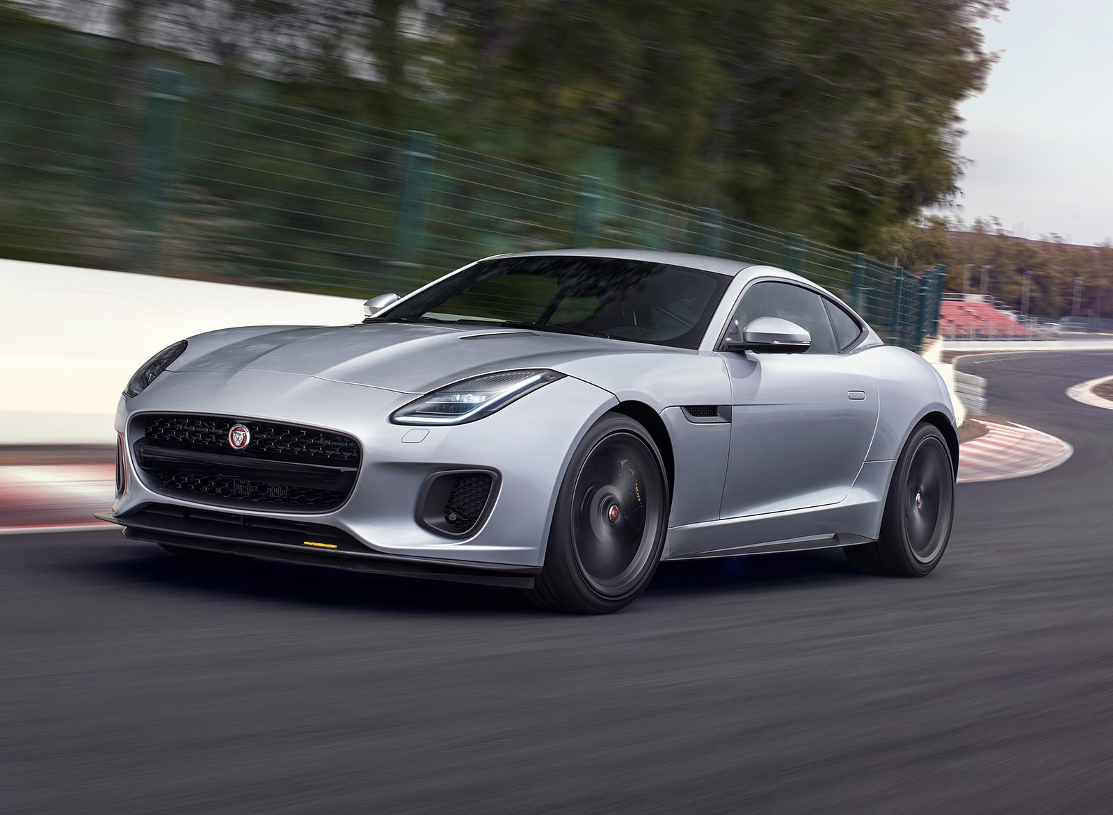 2018 Jaguar F-TYPE 400 SPORT Coupe Front Three-Quarter Wallpapers (15)