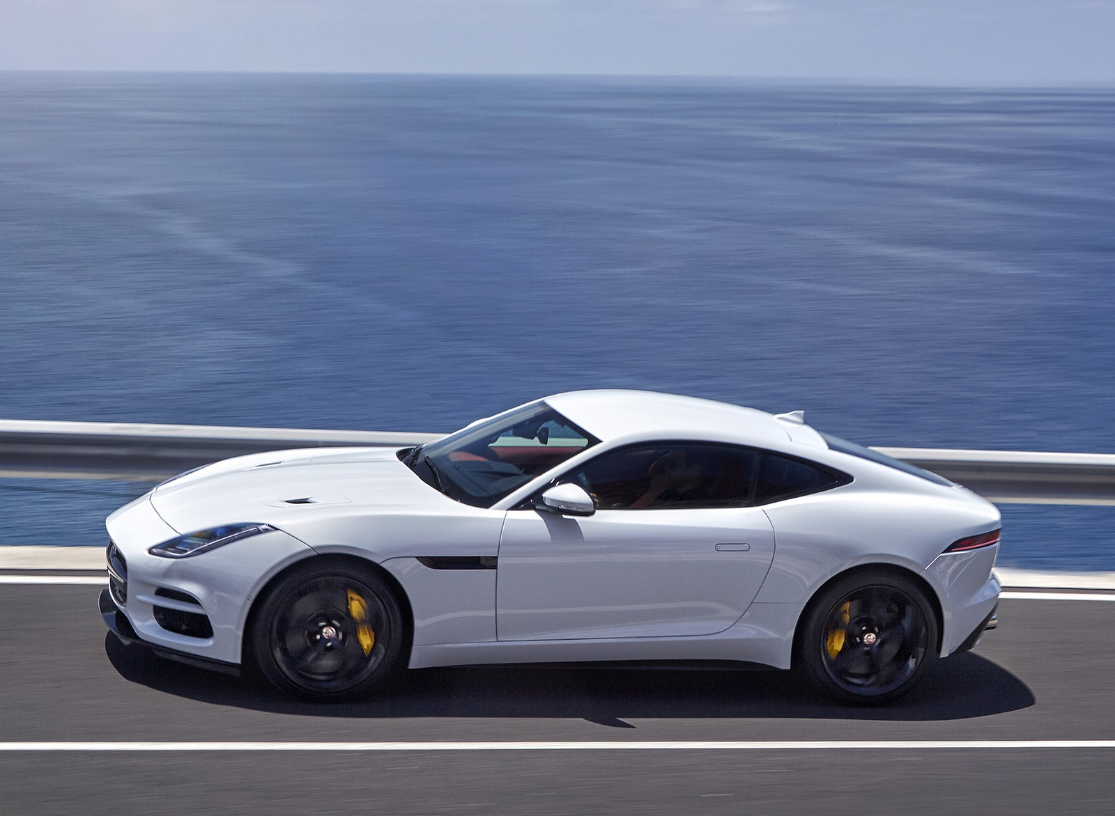 2018 Jaguar F-TYPE R Coupe Side Wallpapers (13)