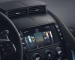 2018 Jaguar F-TYPE SVR Coupe Central Console Wallpaper 150x120 (45)