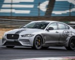 2018 Jaguar XE SV Project 8 Front Three-Quarter Wallpapers 150x120 (36)