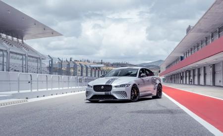 2018 Jaguar XE SV Project 8 Front Three-Quarter Wallpapers 450x275 (89)