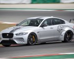 2018 Jaguar XE SV Project 8 Front Three-Quarter Wallpapers 150x120 (48)