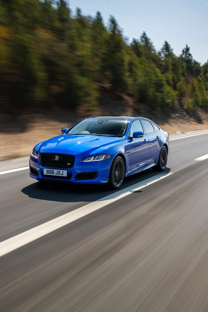 2018 Jaguar XJR575 Front Three-Quarter Wallpapers (2)