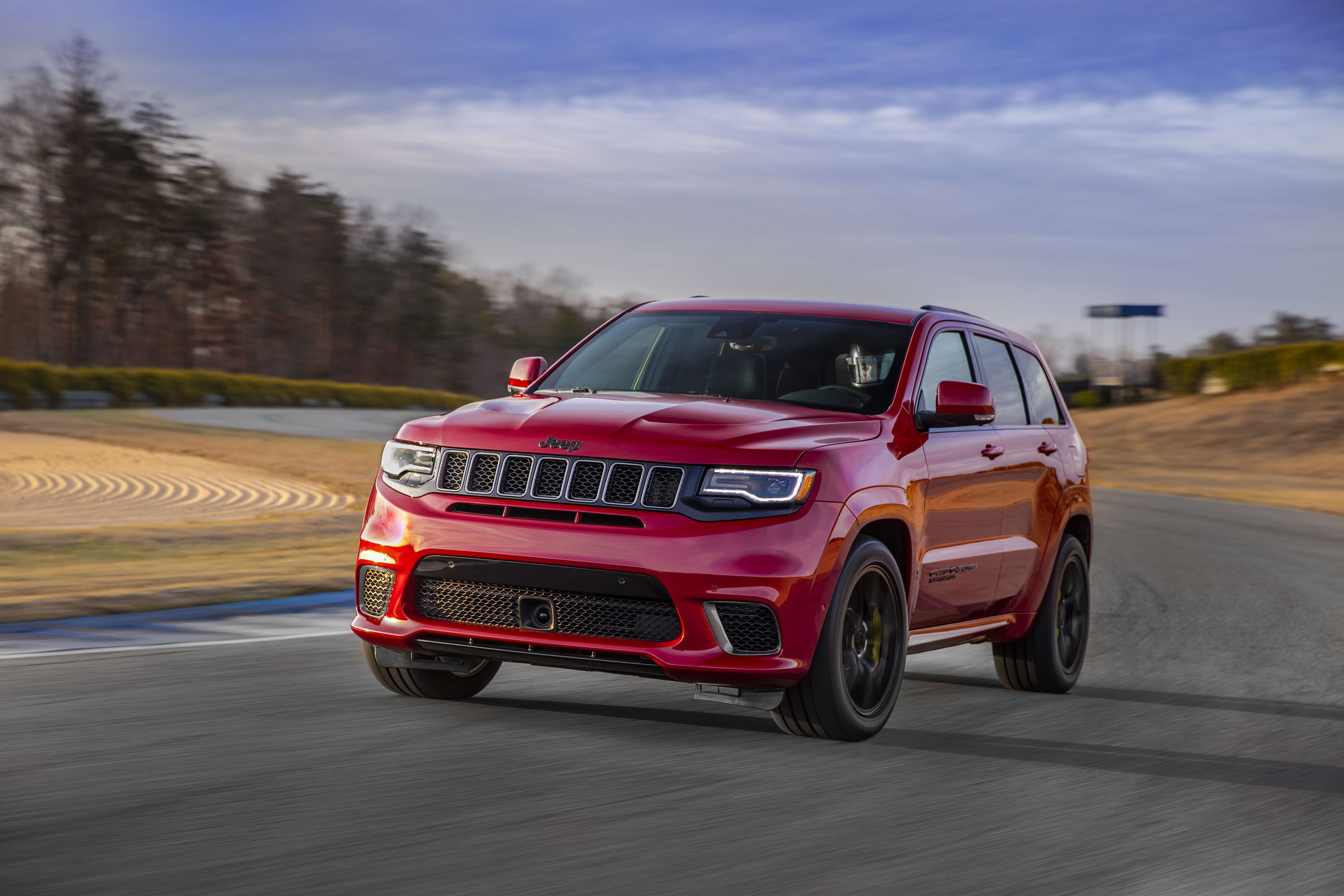 2018 Jeep Grand Cherokee Supercharged Trackhawk Front Three-Quarter Wallpapers (1)