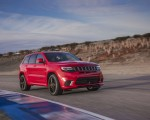 2018 Jeep Grand Cherokee Supercharged Trackhawk Front Three-Quarter Wallpapers 150x120 (3)
