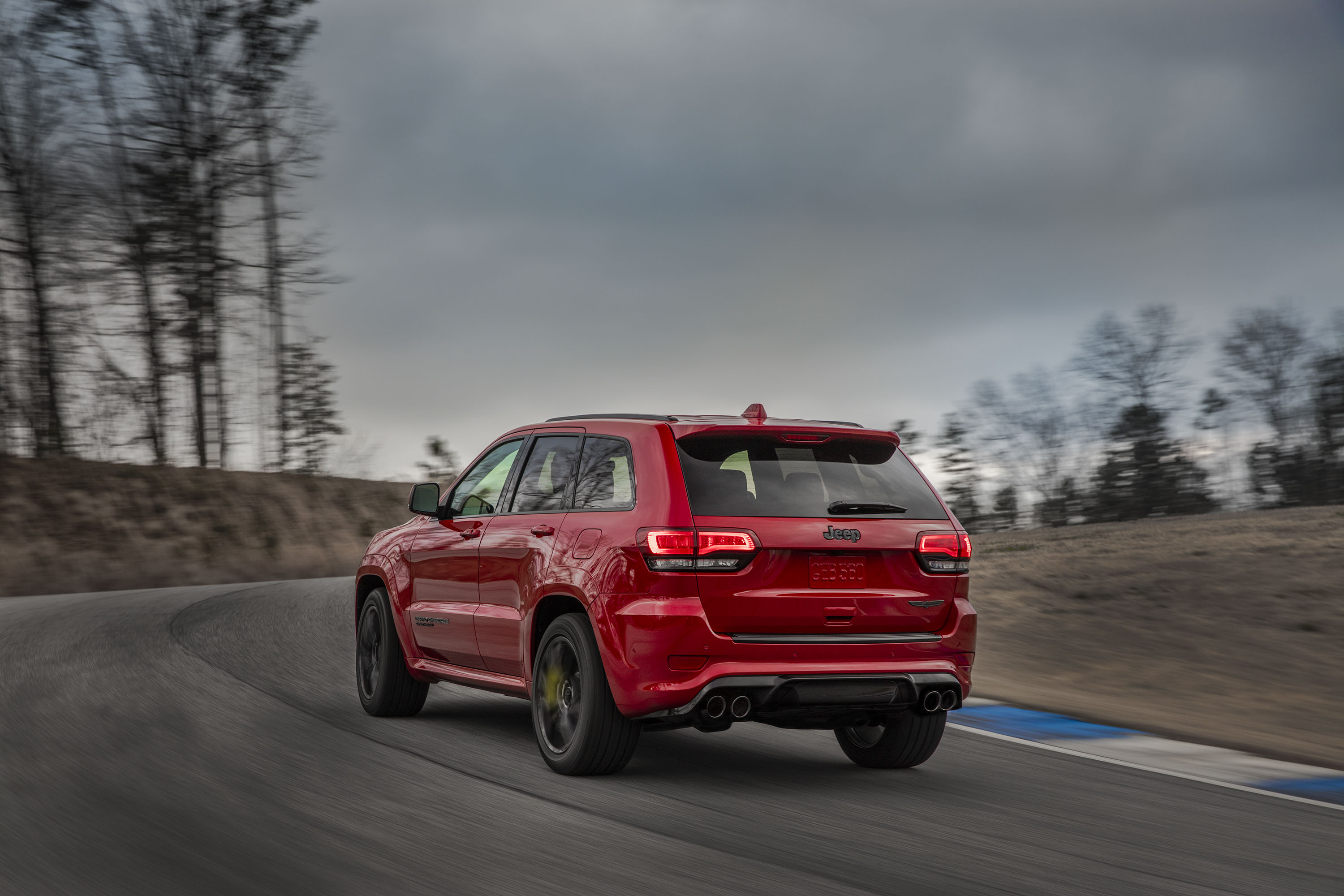 2018 Jeep Grand Cherokee Supercharged Trackhawk Rear Three-Quarter Wallpapers (10)