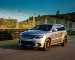 2018 Jeep Grand Cherokee Trackhawk Front Three-Quarter Wallpapers 150x120 (50)