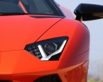 2018 Lamborghini Aventador S Roadster Headlight Wallpapers 150x120 (39)