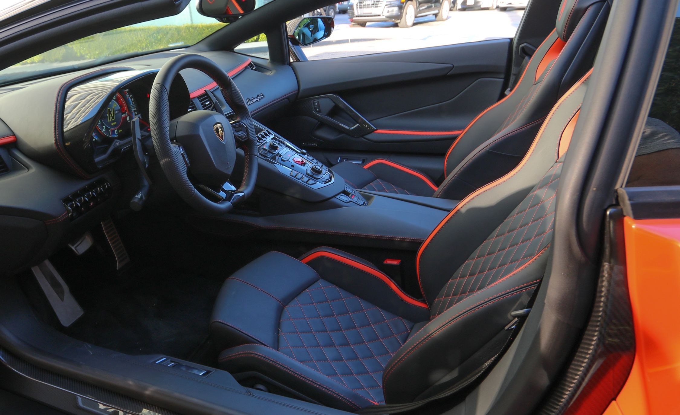 2018 Lamborghini Aventador S Roadster Interior Seats Wallpaper 41