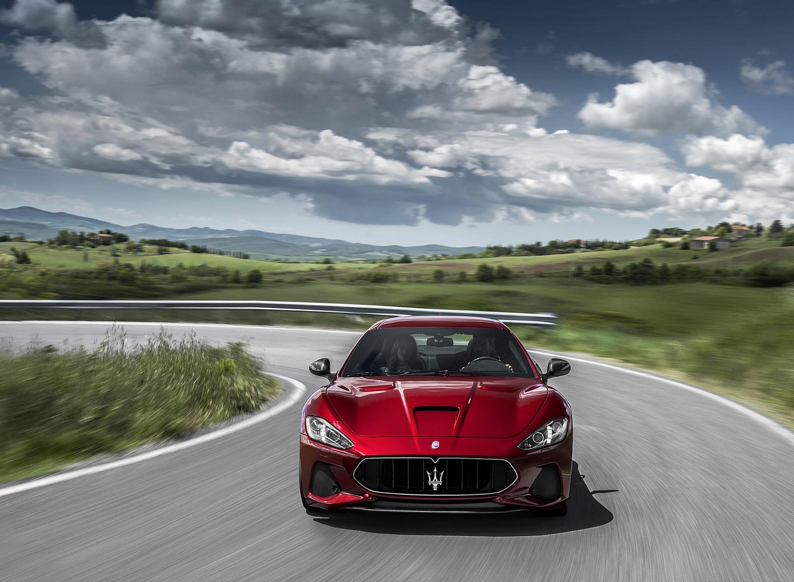 2018 Maserati GranTurismo MC Sport Line Front Wallpapers (4)