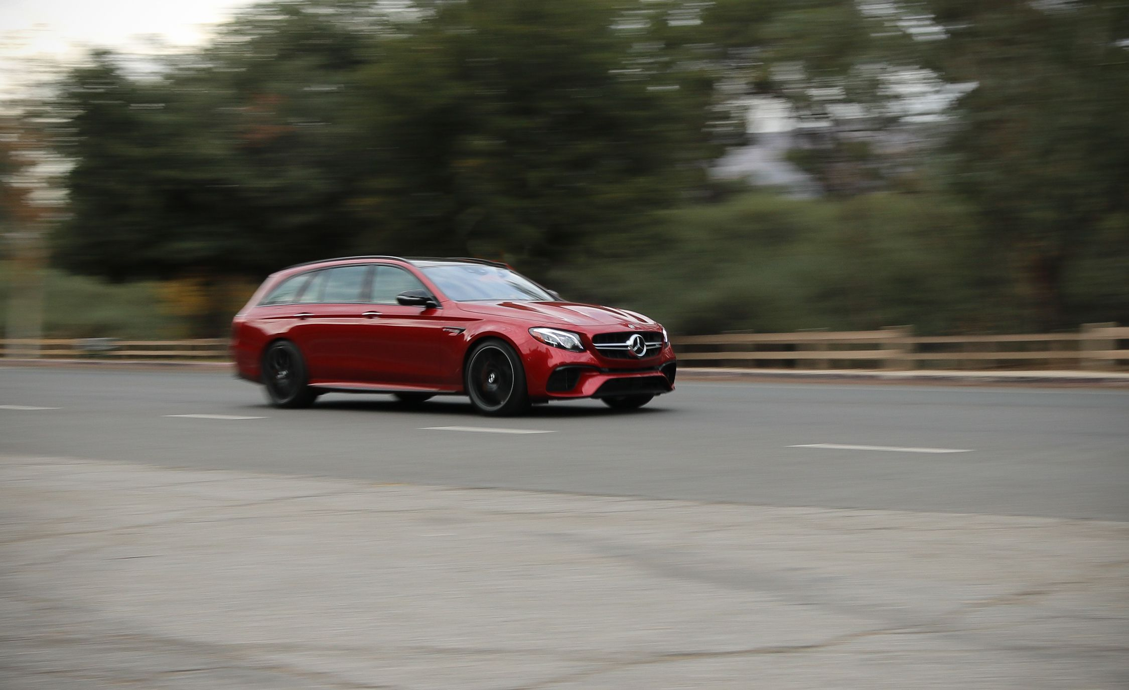 2018 Mercedes-AMG E63 S Wagon Front Three-Quarter Wallpapers (5)