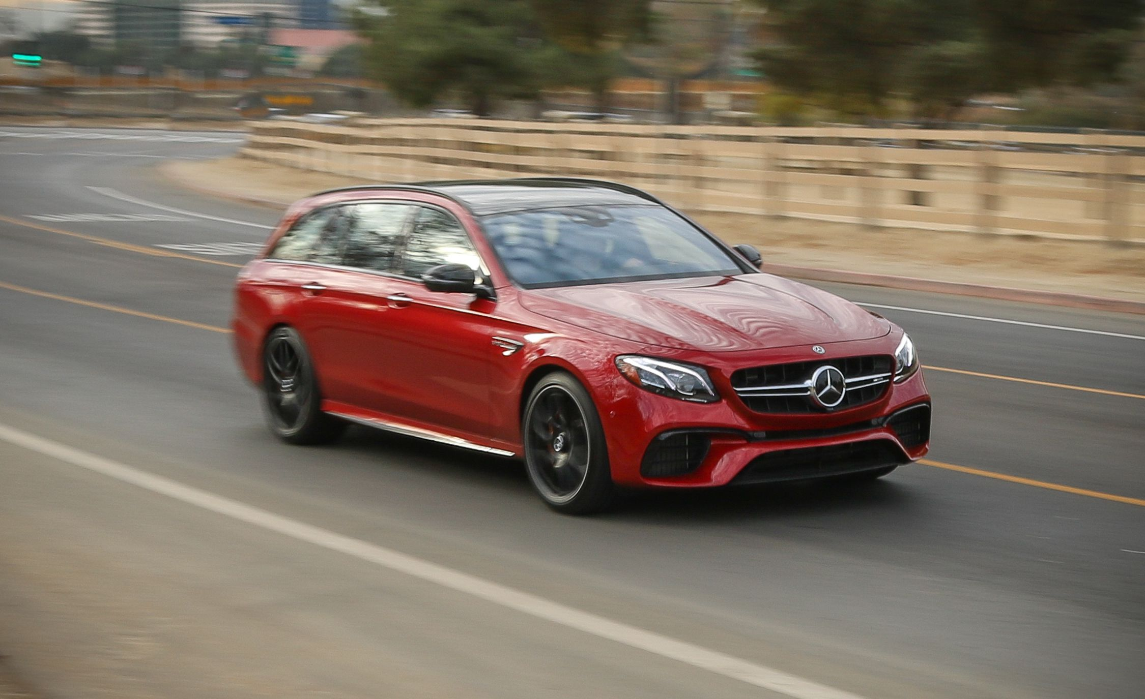 2018 Mercedes-AMG E63 S Wagon Front Three-Quarter Wallpapers (3)