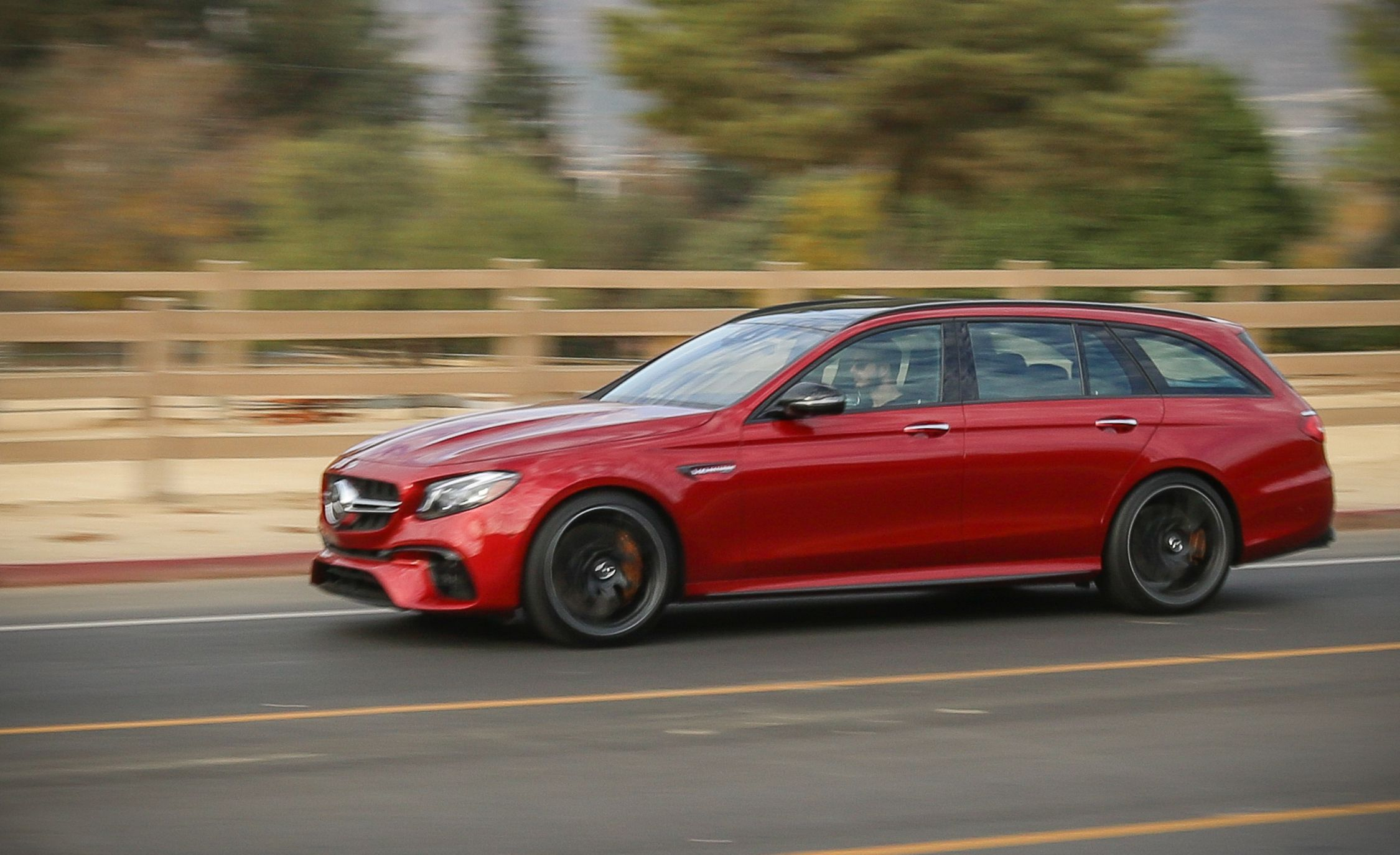 2018 Mercedes-AMG E63 S Wagon Side Wallpapers (1)