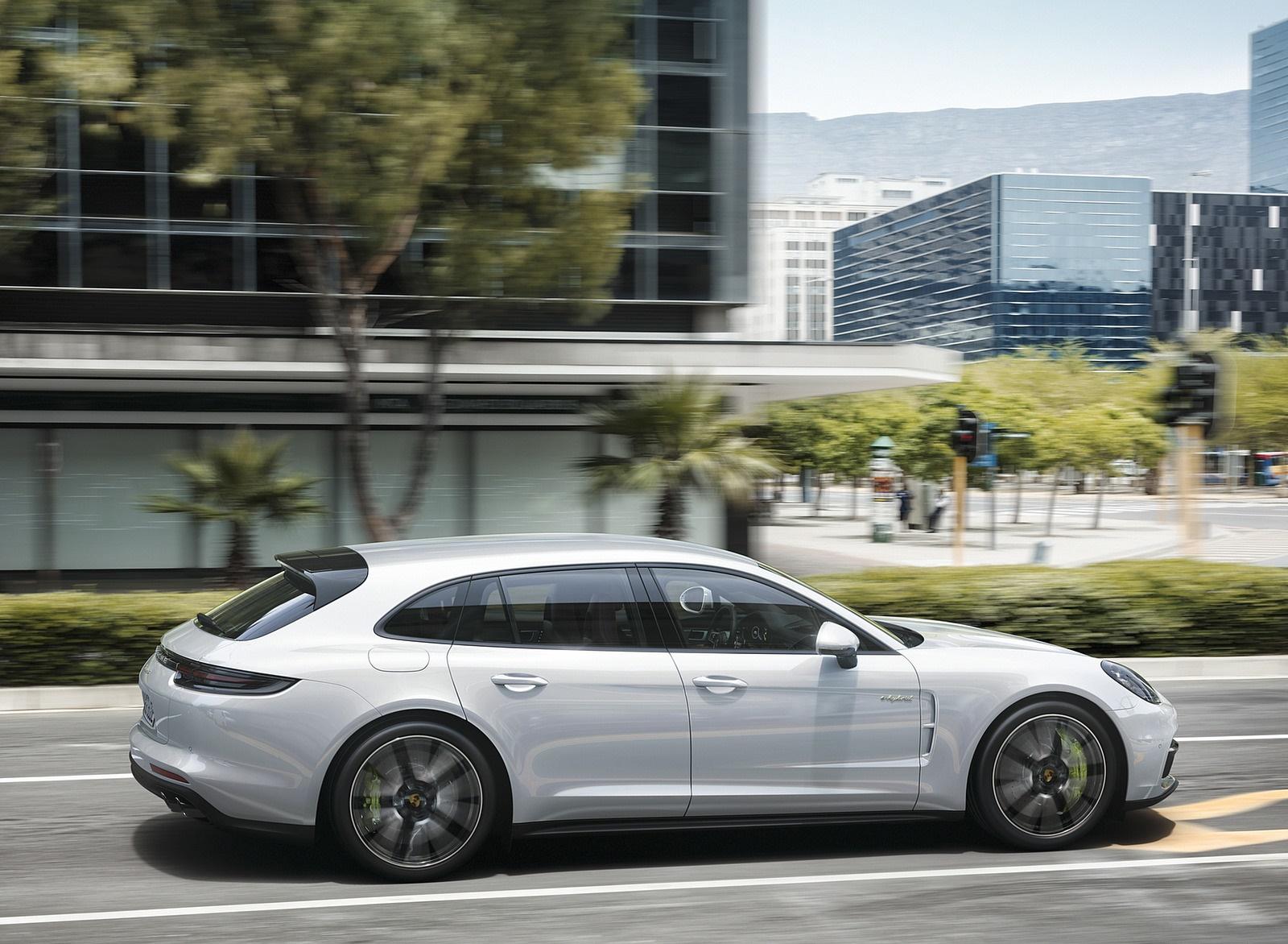 2018 Porsche Panamera 4 E-Hybrid Sport Turismo Side Wallpapers (10)