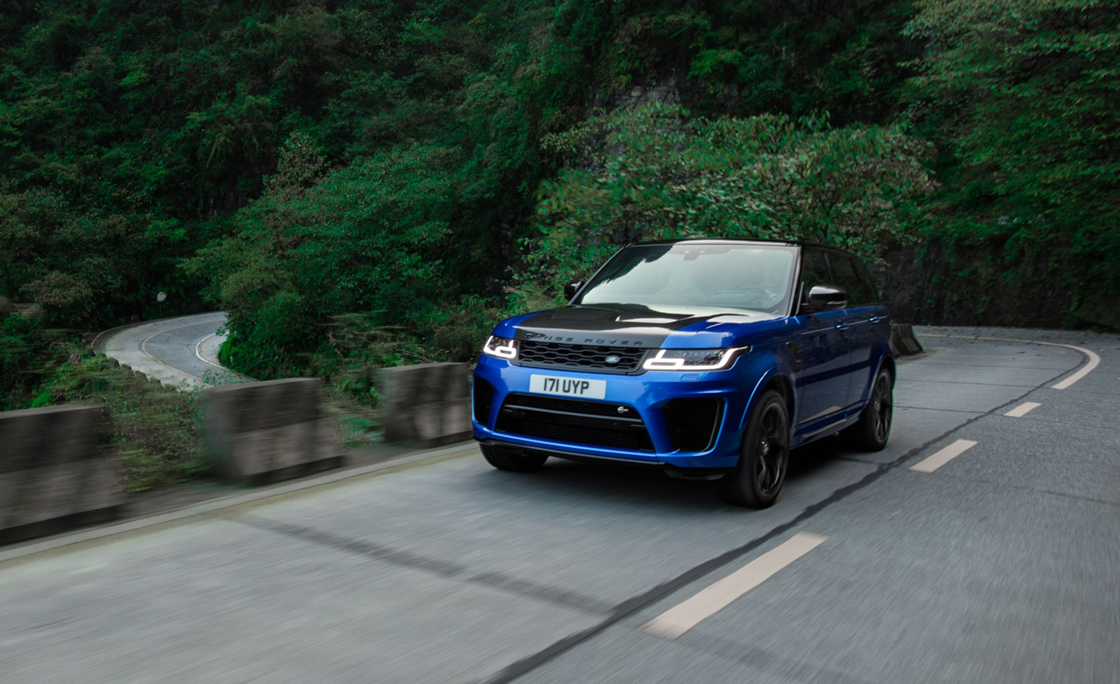 2018 Range Rover Sport SVR Front Three-Quarter Wallpapers (10)